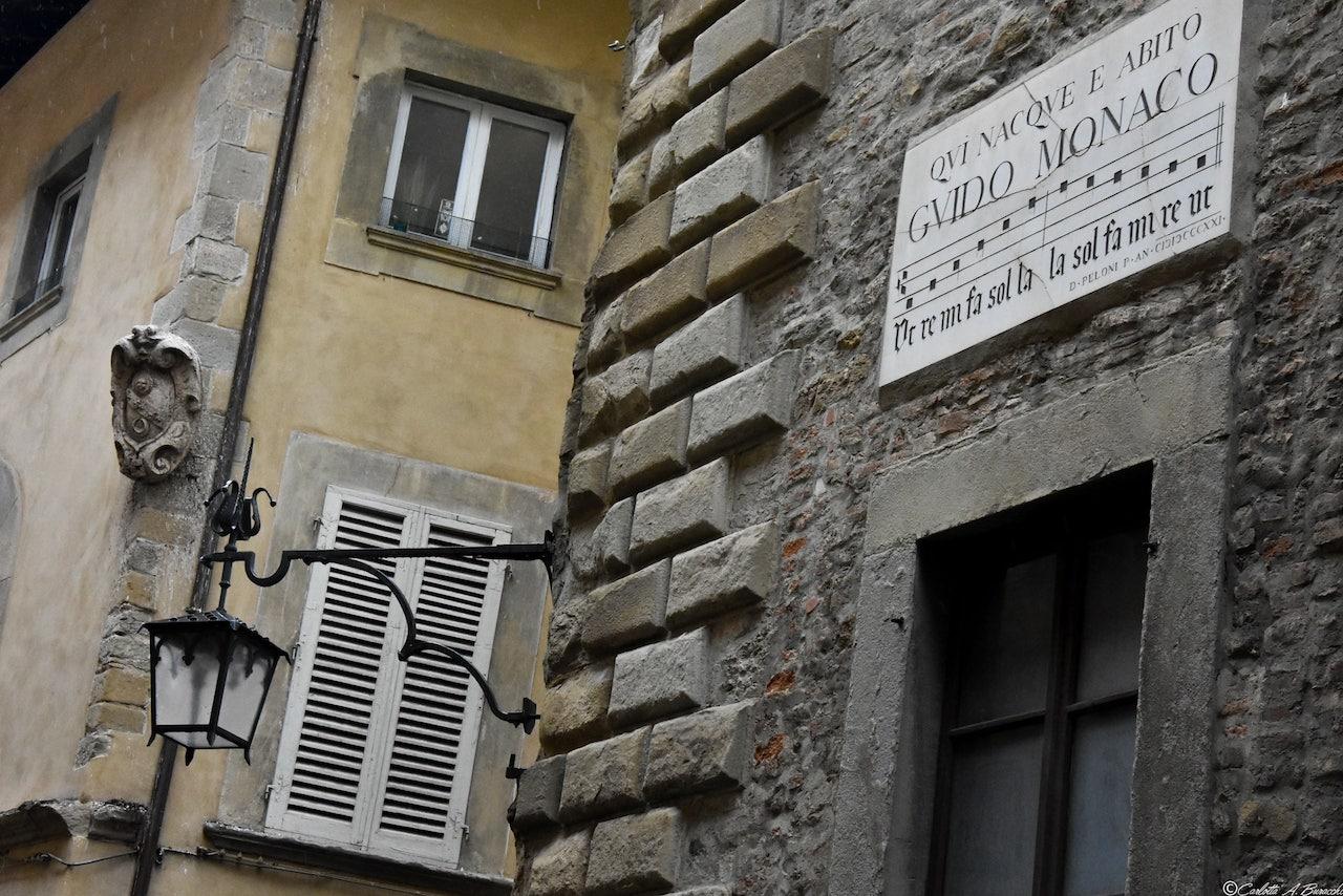 La casa natale di Guido Monaco in Via Cesalpino, Arezzo