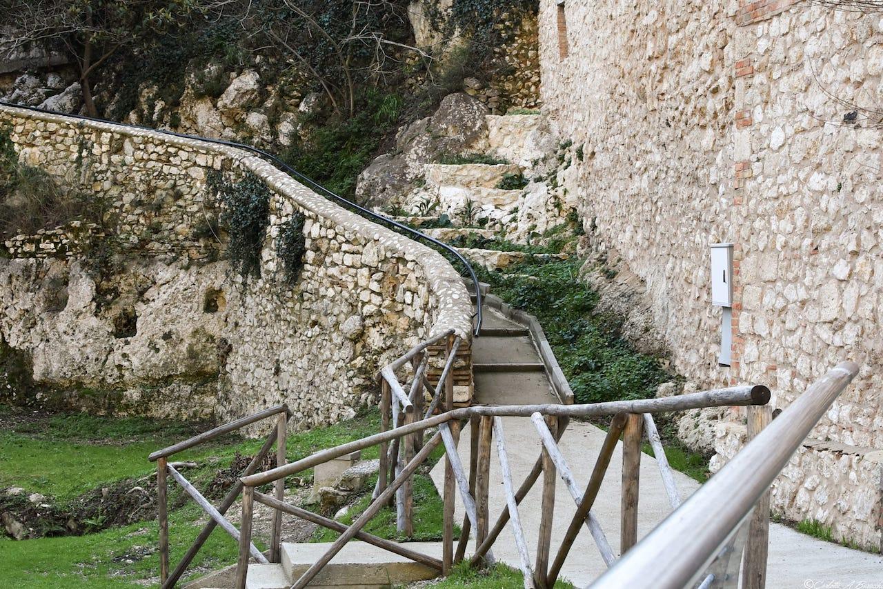 Il percorso per giungere al Ponte Nuovo sul Nera, Stifone