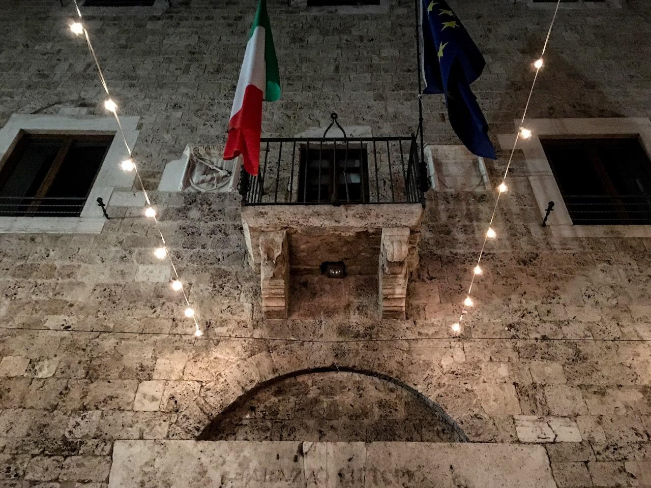 Palazzo Mazzancolli in via Cavour a Terni. Lo trovate davanti alla Chiesa di Santa Croce